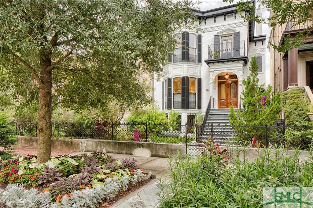 112 W Gaston Street, Savannah, GA 31401