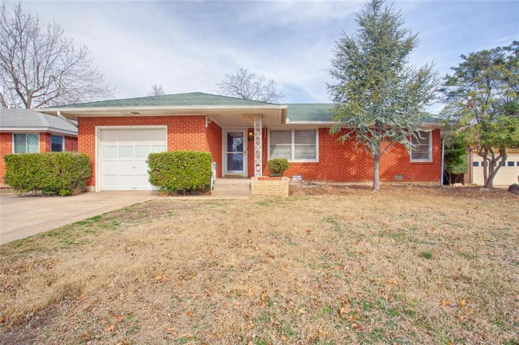 709 E CARROLL Lane, Midwest City, OK 73110