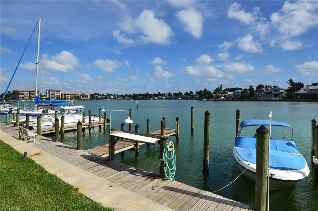 2500 Gulf Shore BLVD N N6, NAPLES, FL 34103