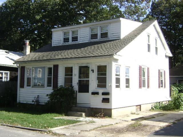 38 - 40 Fulton RD, Warwick, RI 02889