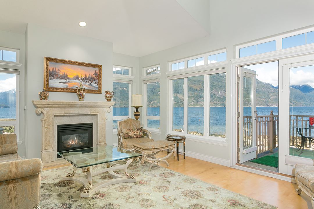 7 BEACH DRIVE, West Vancouver, BC V0N 3Z1