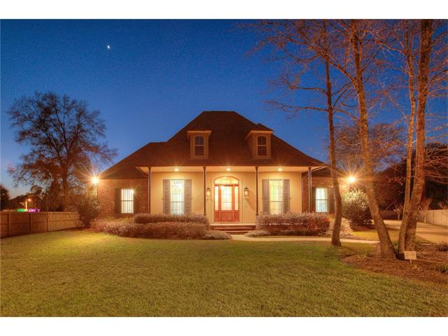 137 WILLOW BEND Drive, Madisonville, LA 70447