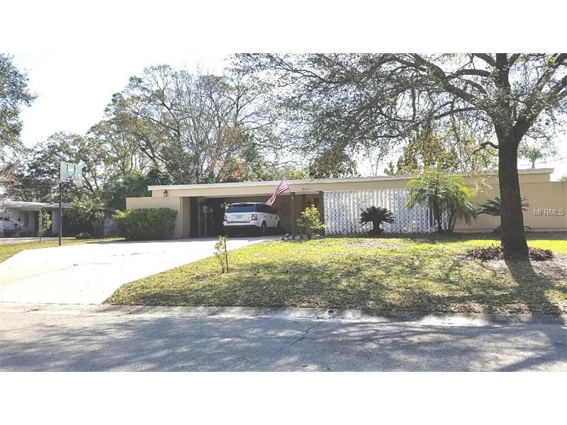 10607 CARROLLWOOD DRIVE, TAMPA, FL 33618