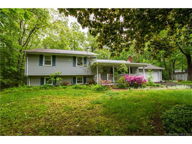 5 Woodhaven Dr, Portland, CT 06480