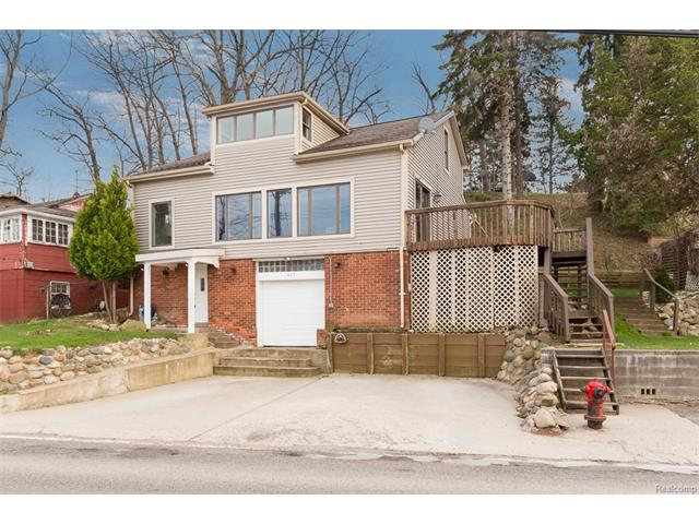 423 HEIGHTS RD, Orion Twp, MI 48362