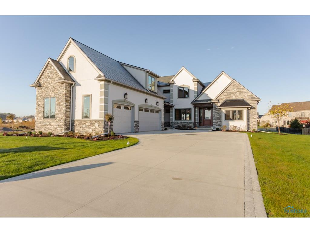 5661 Mallard Pointe Lane, Sylvania, OH 43560