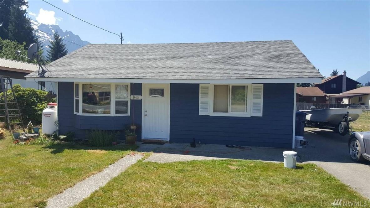 945 Sauk Ave, Darrington, WA 98241