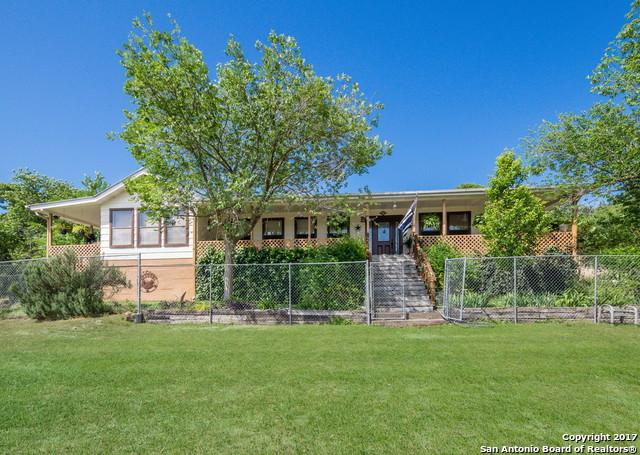 120 Valley View Trl, Comfort, TX 78013