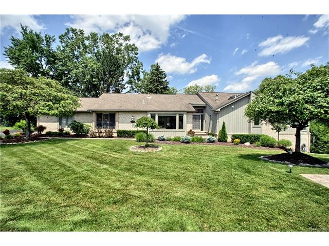 2205 CAMEO LAKE Court, West Bloomfield Twp, MI 48302