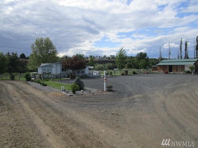 494 Pomona Rd, Yakima, WA 98901