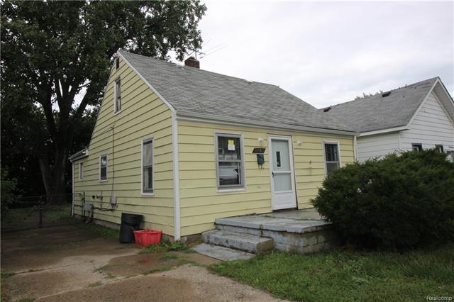 8443 REPUBLIC Avenue, Warren, MI 48089