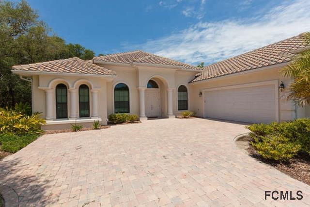 4 Spanish Oaks Ct, Palm Coast, FL 32137