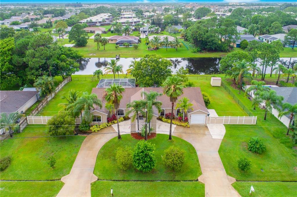 1934 SE Camden Street, Port Saint Lucie, FL 34952