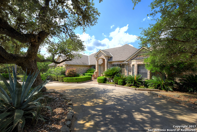 29046 CLOUD CROFT LN, Fair Oaks Ranch, TX 78015