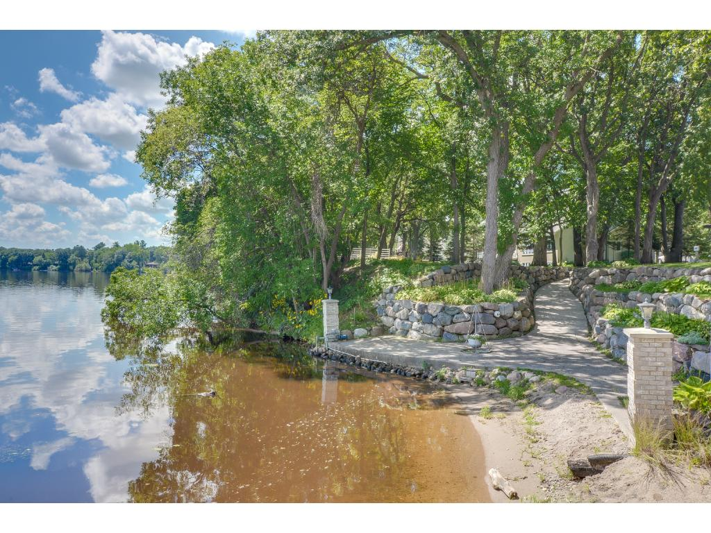 2214 Rodeo Road N, Sartell, MN 56377