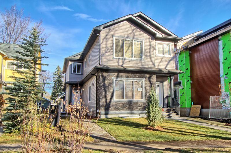 10922 UNIVERSITY Avenue, Edmonton, AB T6G 1Y2