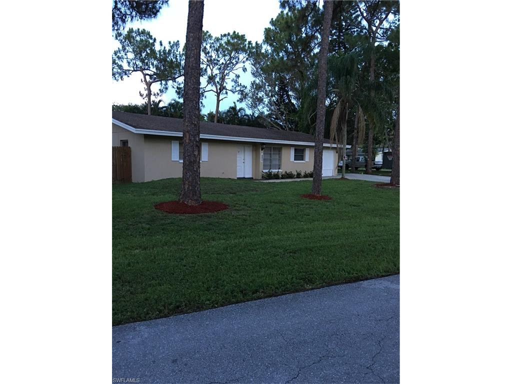 8954 Forest ST, FORT MYERS, FL 33907