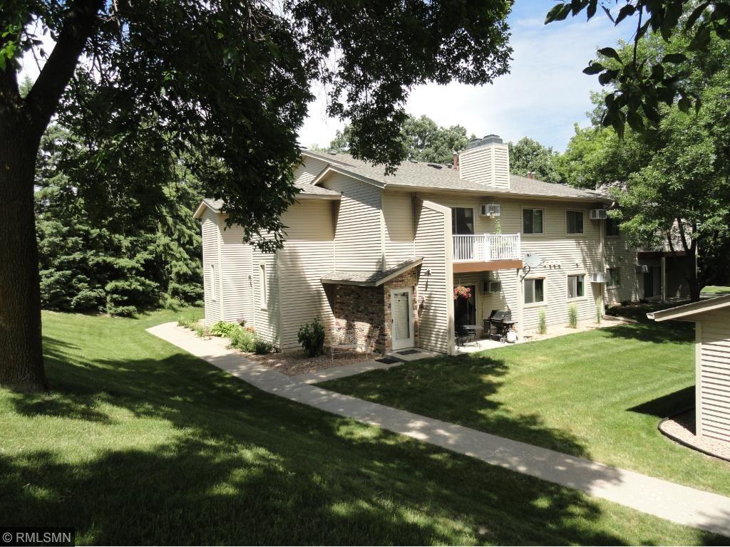 8777 Jasmine Lane, Eden Prairie, MN 55344