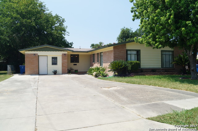 2431 W MAGNOLIA AVE, San Antonio, TX 78228