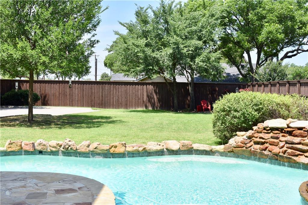 373 Hearthstone Lane, Coppell, TX 75019
