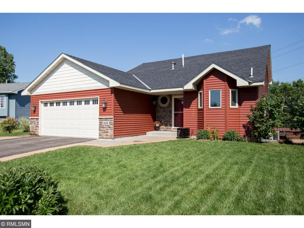 5240 Pondview Lane, Big Lake, MN 55309