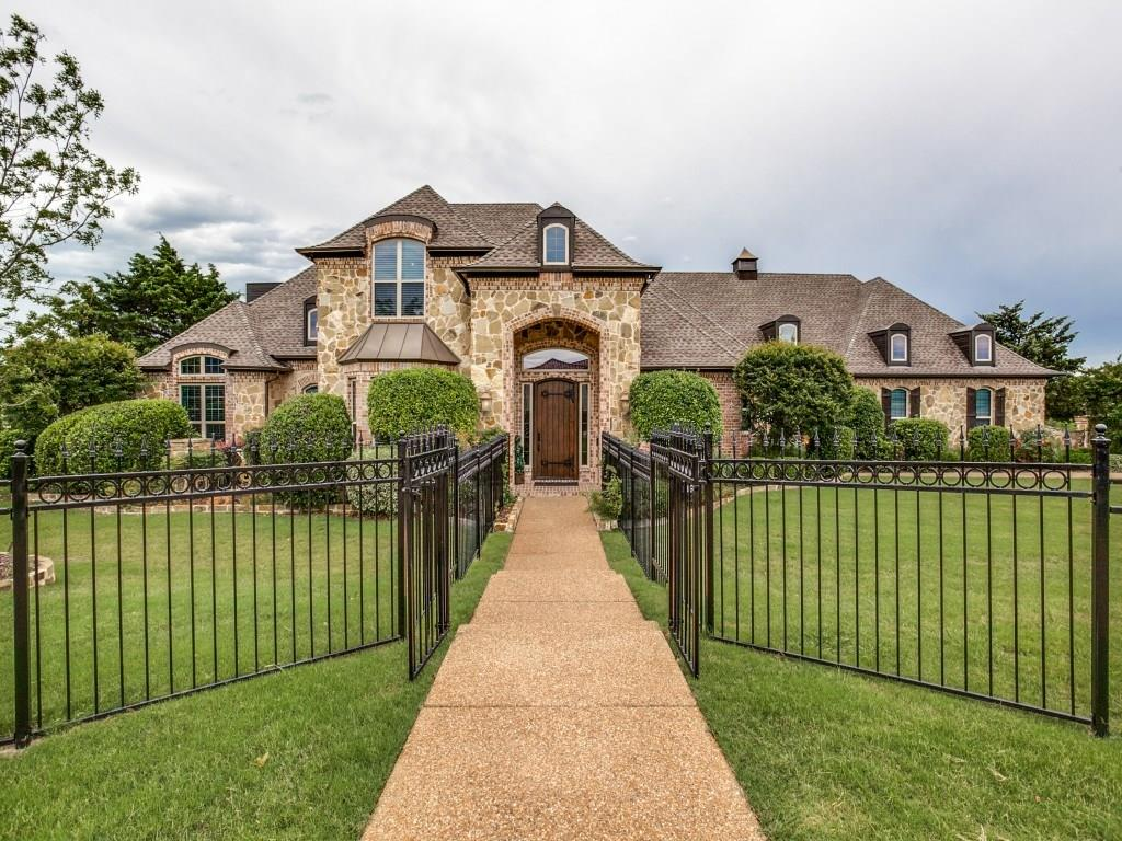 300 Hawkswood Drive, Fairview, TX 75069