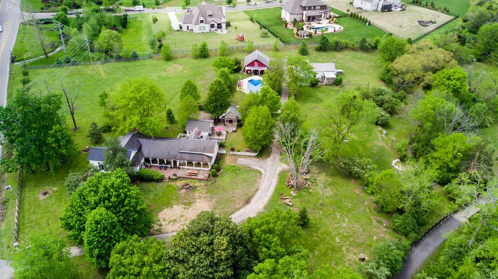 9580 Crockett Rd, Brentwood, TN 37027