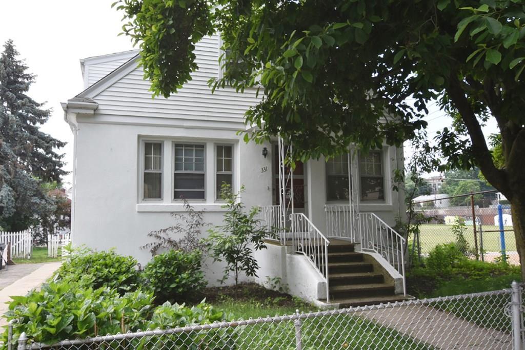 331 Hawkins ST, Providence, RI 02904
