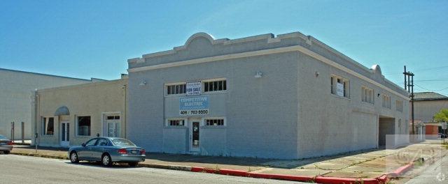 2327 Winnie Street, Galveston, TX 77550