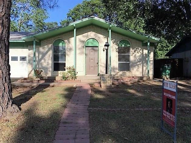 2011 Mccormick Street, Denton, TX 76205