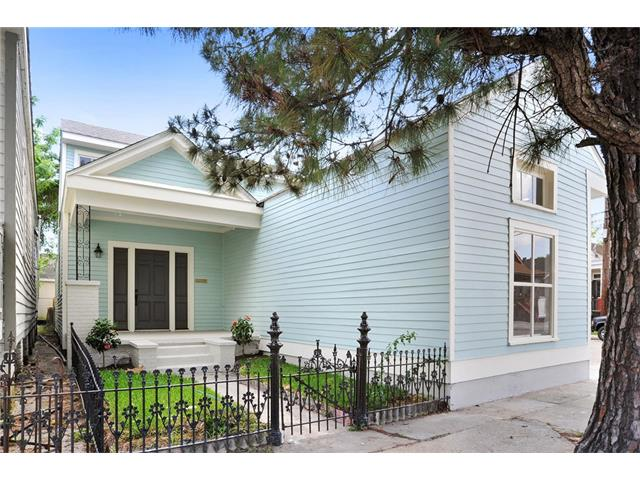 8542 JEANNETTE Street, New Orleans, LA 70118