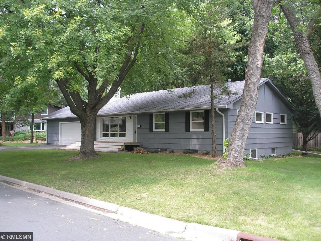 2901 Idaho Avenue N, Crystal, MN 55427