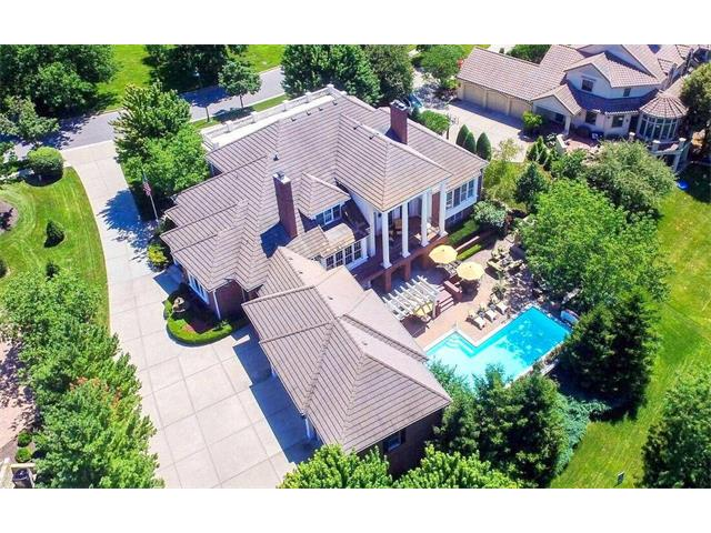 2704 W 112th Street, Leawood, KS 66211