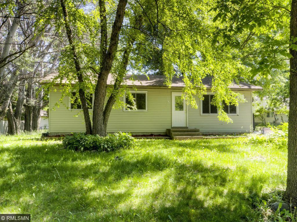 686 Northgate Drive, Winsted, MN 55395