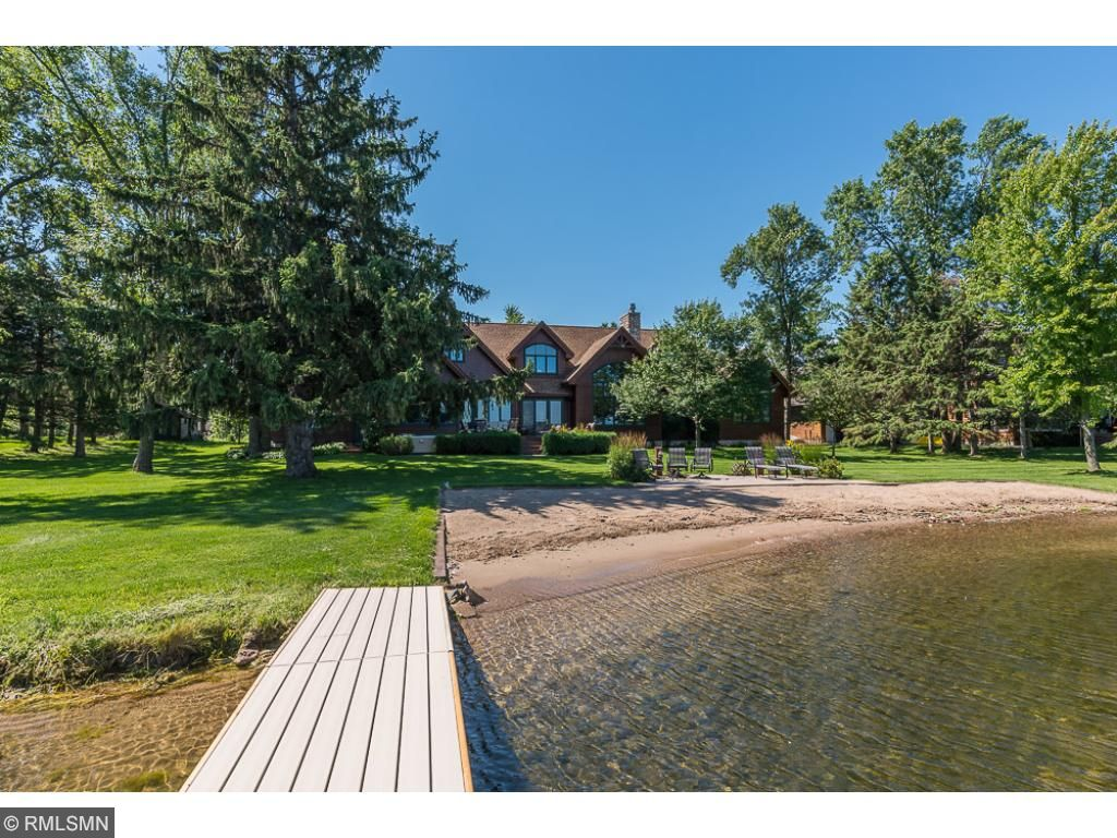 1360 Hillview Forest Road, East Gull Lake, MN 56401