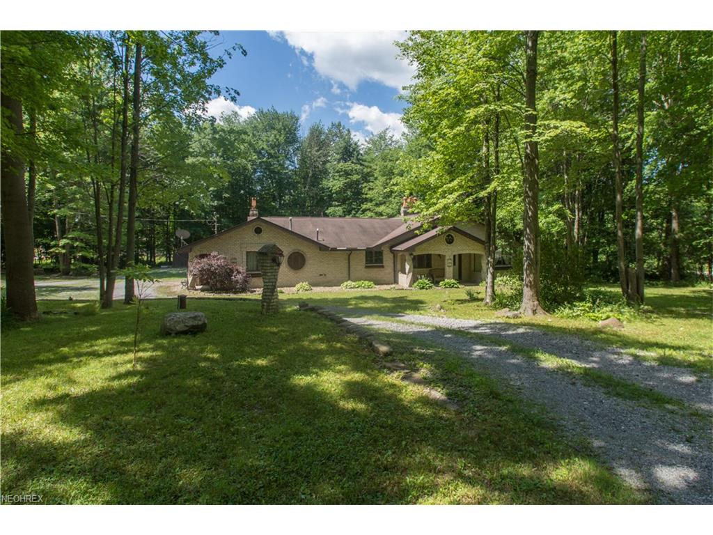 9320 Knauf Rd, Canfield, OH 44406