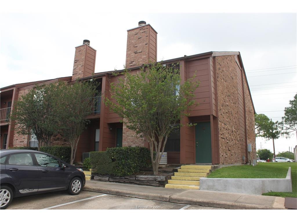 904 University Oaks 66, College Station, TX 77840