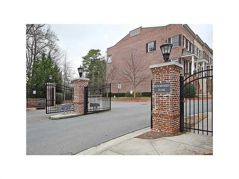 985 Pearl Point, Atlanta, GA 30328