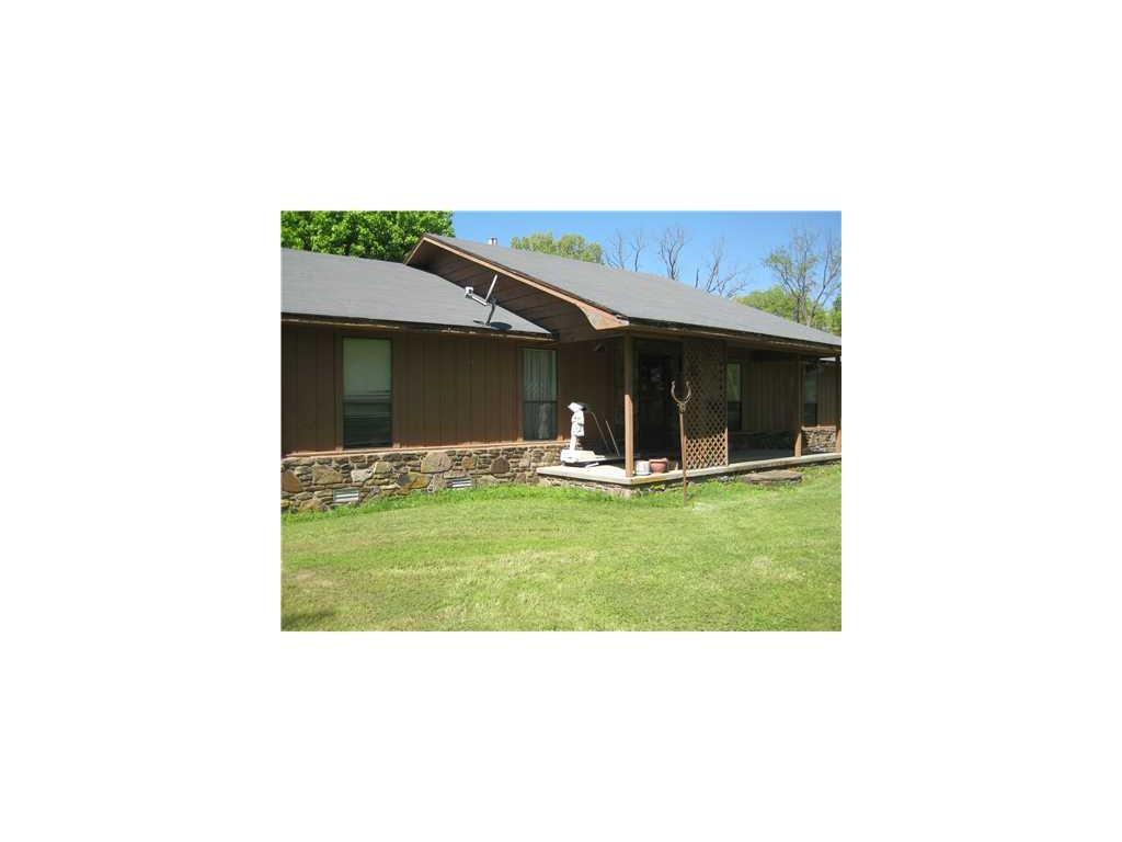 731 Hallack Ln, Pea Ridge, AR 72751