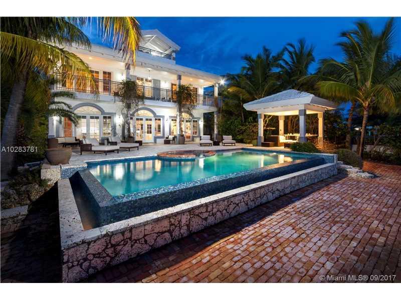 1800 Bay Dr, Miami Beach, FL 33141
