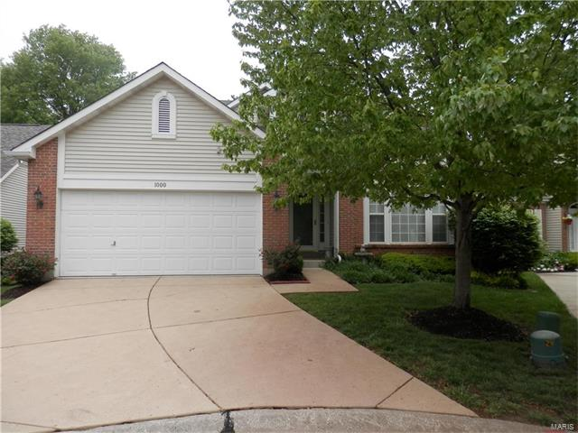 1000 Cambridge Place, Chesterfield, MO 63017