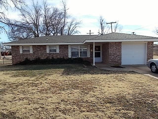 516 Linda Drive, Cordell, OK 73632