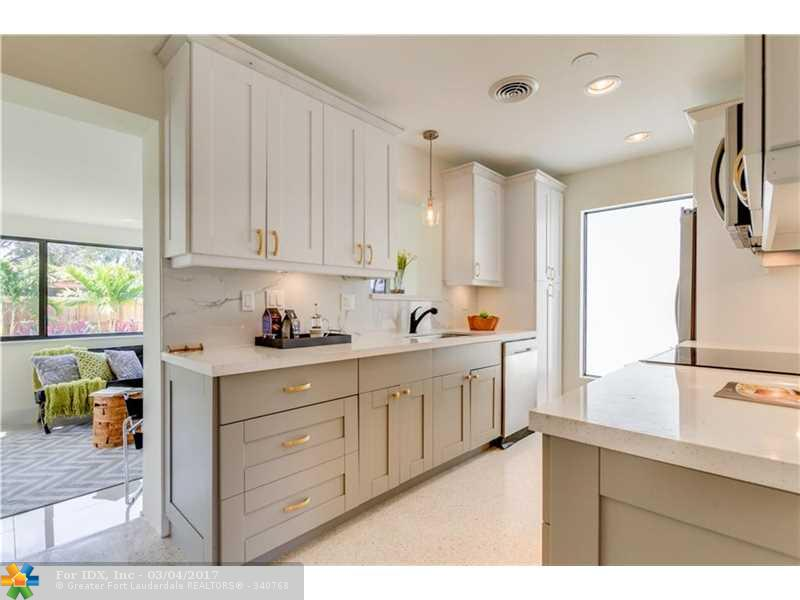2125 NW 2nd Ave, Wilton Manors, FL 33311