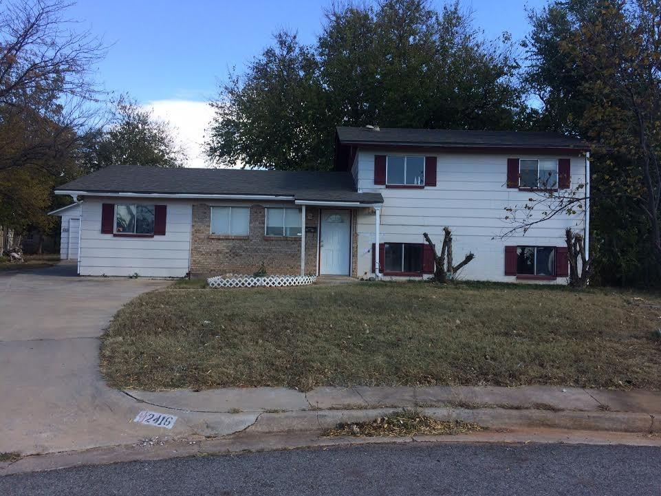 2416 Piccadilly Circle, Moore, OK 73160