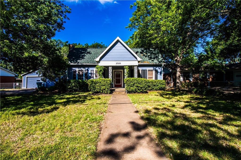 2320 N Woods Street, Sherman, TX 75092