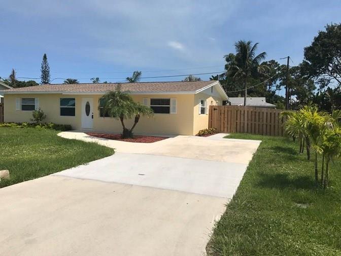 1658 SE Monroe Street, Stuart, FL 34997