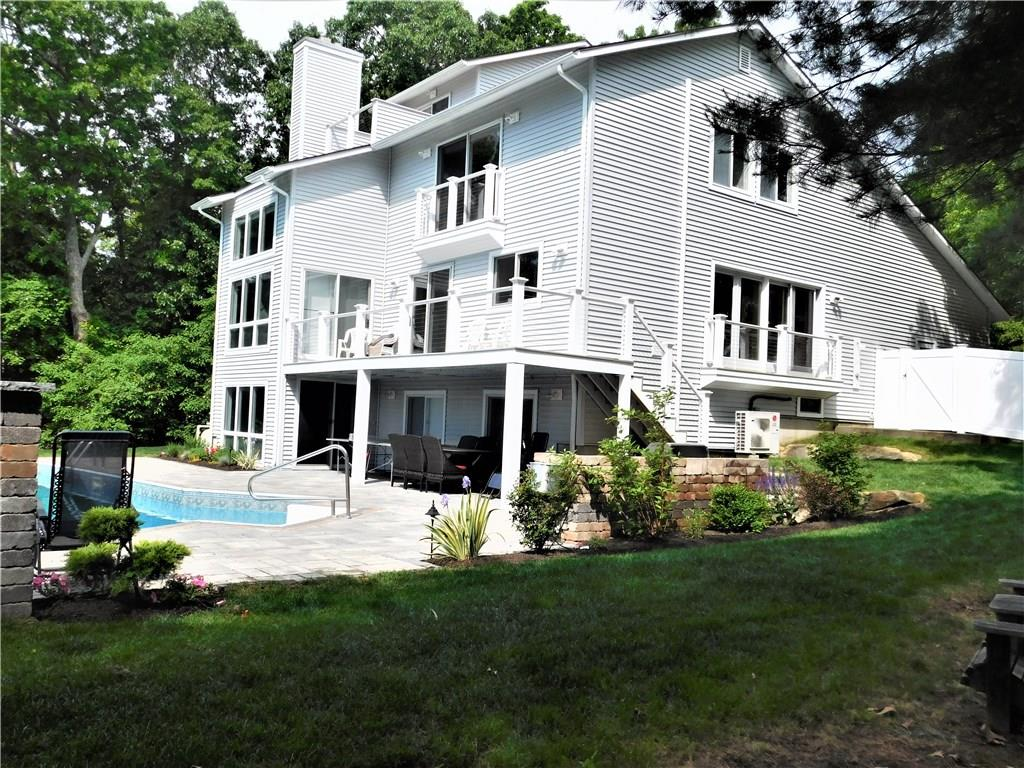 20 East Woody Hill RD, Westerly, RI 02891