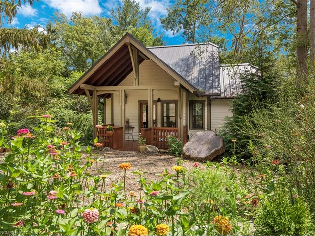 38 Sulphur Springs Road, Asheville, NC 28806