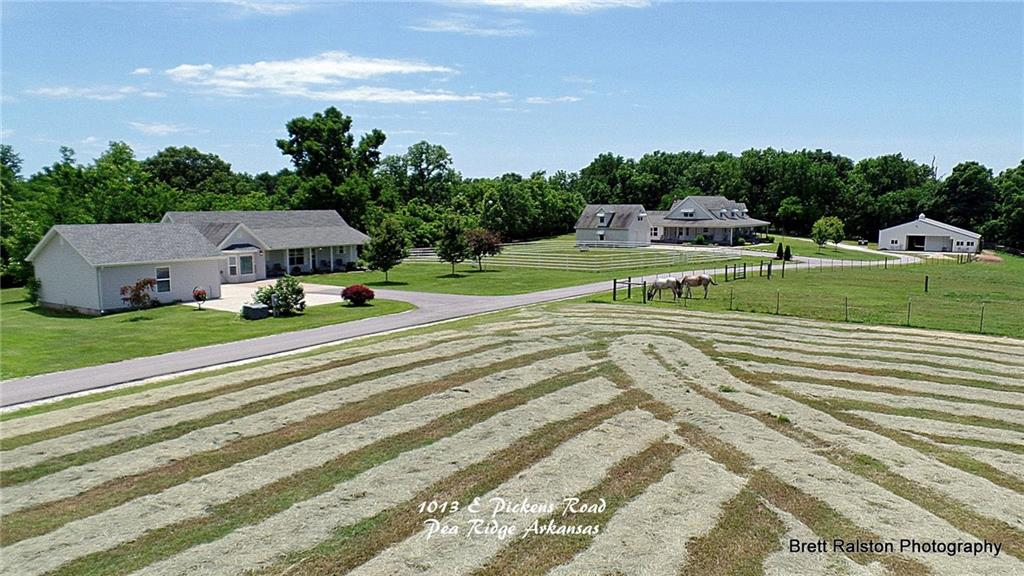 1013 E Pickens RD, Pea Ridge, AR 72751