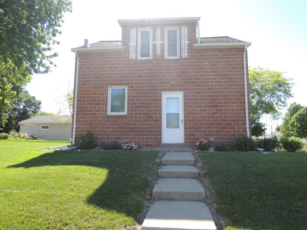 501 W Van Dusen Street, Springfield, MN 56087